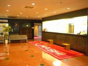 ホテルオオハシ飯田:本館 別館共通のフロント