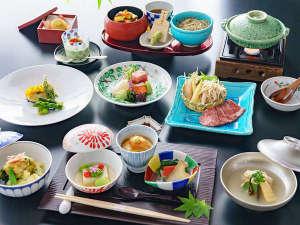 ホテル紅や:>【夕食】会席料理イメージ