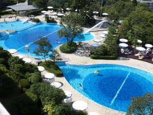 有馬温泉 有馬グランドホテル:今年のプールは8月31日(木)までご利用いただけます!自慢の屋外プールで夏をご満喫ください♪