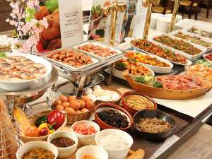 天然温泉プレミアホテル-CABIN-札幌(旧ホテルパコJrススキノ):和洋充実の朝食バイキングはこだわりがたっぷり詰まっています♪
