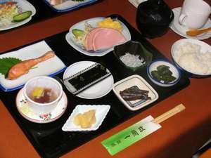 旅館一蘭荘:朝食の一例
