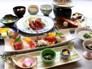 伊豆畑毛温泉 大仙家(HMIホテルグループ):≪12月~2月≫季節限定!猪肉の深い味わいを楽しめる「牡丹鍋会席」