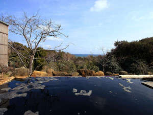 とっぷ・さんて大洋:真っ黒で独特な見た目の温泉ですが気持ちよさは折り紙付き♪