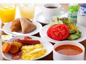 リッチモンドホテル福岡天神:ご朝食一例:バイキングスタイルとなっております│お好きな料理をお召し上がりいただけます│