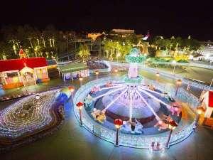 大江戸温泉物語 ホテルレオマの森:レオマ内はイルミネーションが輝く