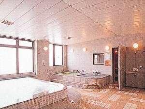 ファミーINN幕張:男性用大浴場 (薬草風呂・サウナもあります)