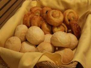 アパホテル<TKP札幌駅北口>EXCELLENT:焼きたてのパンをご賞味ください