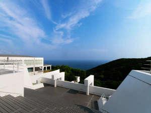 四国最南端絶景リゾートホテル 足摺テルメ:屋上からは太平洋を一望できます。夜は星空も愉しめますよ。
