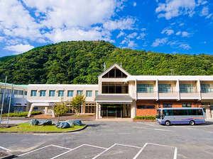 南あわじ市サイクリングターミナルゆずるは荘:諭鶴羽山の山麓に佇む自然たっぷりの宿泊施設なのに、実は車ですぐに付いちゃいます。