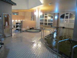 交流促進センター 幽泉閣:弱アルカリ性の炭酸水素塩泉が「美人の湯」たる所以