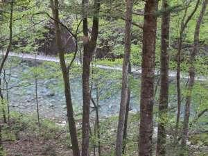 温泉グランピング ShimaBlue:景勝地「楓泉狭」が眼下に広がる