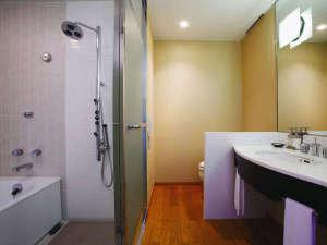 ホテルグランヴィア京都:好評の洗い場付きバスルームで、心も体もリフレッシュ!