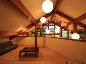 神鍋(かんなべ)高原 ペンション ムーンサイド:二階のの談話室