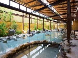 湯河原最大級の露天風呂が自慢の宿 ニューウェルシティ湯河原:「いずみの湯」露天風呂