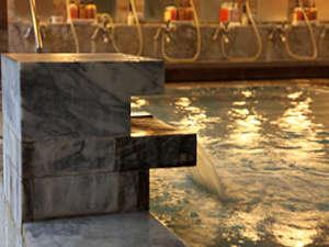 湯河原最大級の露天風呂が自慢の宿 ニューウェルシティ湯河原:大浴場