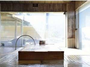 亀や:檜風呂 大浴場