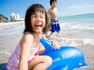 小湊実入温泉 ホテルグリーンプラザ鴨川:7月中旬~8月下旬海開き!ホテルから歩いて海水浴場!夏は海で笑顔になろう♪