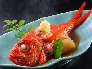 【海女グルメ】金目鯛姿煮と伊勢海老&サザエ付き舟盛♪