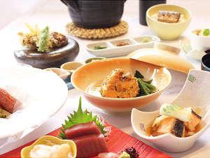 旭川トーヨーホテル:【夕食】1階レストランでの旬会席の一例