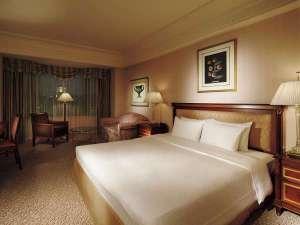 リーガロイヤルホテル東京:34~38平米のダブルはベッド幅180cm。