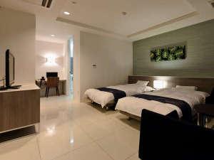 ■301号室■ツインルーム+和室6帖◆オーシャンフロントの和洋室!