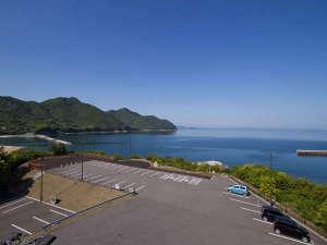■バルコニーからの眺め■青い空と、雄大な海がどこまでも広がります