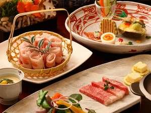 妙見田中会館:【夕食】鹿児島名物をふんだんに盛り込んだ夕食は、クチコミでも評価を頂く自慢の逸品です