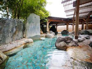 飛騨高山温泉 高山グリーンホテル:【本陣大浴殿】四季の移ろいを感じられる庭園露天風呂