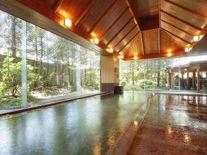 飛騨高山温泉 高山グリーンホテル:【本陣大浴殿】湯温が低めのぬる湯もあってお子様にも好評です!