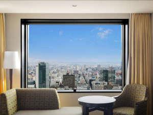 JRタワーホテル日航札幌:23階~34階、高層フロアの客室からは札幌の街並みを一望できます。
