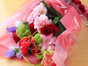 花束のご用意も承ります。※別途費用