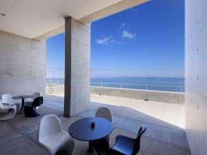 TOTOシーウインド淡路:眼前に広がる海と空に心が癒されます。