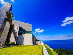 世界的建築家・安藤忠雄氏の世界と自然の調和