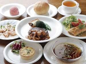 ペンション コットンファーム:たっぷり美味しいある日のディナー、一例