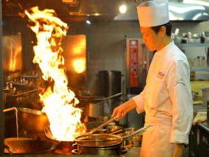 奈良の温泉付ホテル 橿原ロイヤルホテル:料理長の創作彩る中国料理の奥深い味わいをご堪能ください。