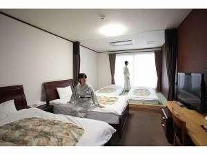 雲仙みかどホテル本館 銘木・空中露天・豪華バイキングの宿
