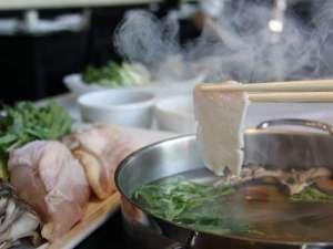 横浜国際ホテル:「地鶏しゃぶしゃぶ」高タンパク低カロリー鶏の胸肉を使用