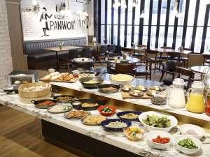 ホテル・ザ・ノット ヨコハマ (旧:横浜国際ホテル):洋食・中華のバイキング朝食(レストランPANWOK)