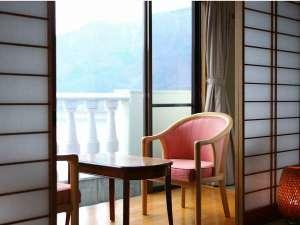 足和田ホテル:リゾート感溢れるテラス♪