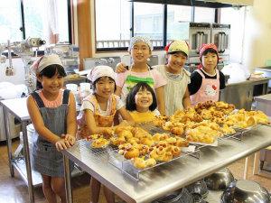 ゆのまえ温泉 湯楽里:お子様に大人気のパン作り体験♪