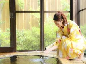 貴賓館 旅亭たかの:■風呂■弱アルカリ性の美肌の湯「檜の貸切風呂」
