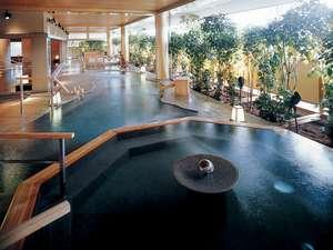 山代温泉 ゆのくに天祥:■大浴場「悠幻の湯殿」(露天風呂)