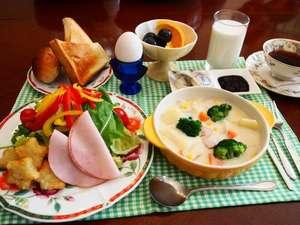 ホワイトロッヂしゃくなげ:朝食の一例