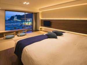 熱海シーサイド・スパ&リゾート:9階新・プレミアムビュールーム(和洋室)夜