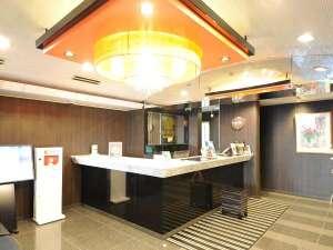 アパホテル<蒲田駅西>:■フロント・ロビー