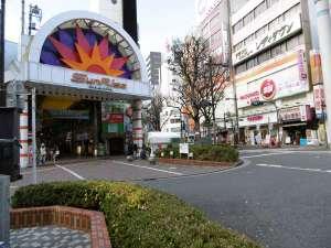 アパホテル<蒲田駅西>:■JR蒲田西口を出てすぐアーケード「Sun Rise」
