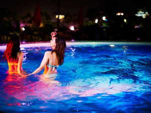 ホテルニューオータニ大阪:【THE WATER TERRACE】大人の夜の夏遊びには最高のリゾート空間、ナイトプール
