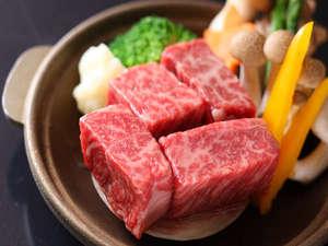伝統の宿 旅館すがわら:選べる仙台牛料理。(ステーキ例)