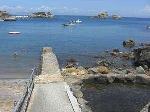露天風呂の宿 半右衛門:雲見ビーチ♪隣には温泉もあるよ!