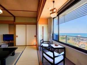 ホテル満光園:日本海を望む大パノラマ